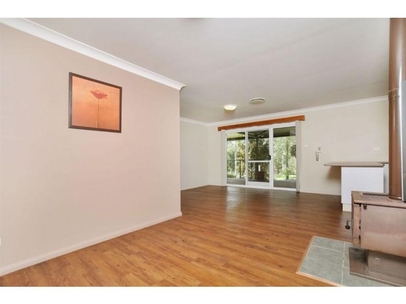 4 Warrew Crescent, King Creek NSW 2446