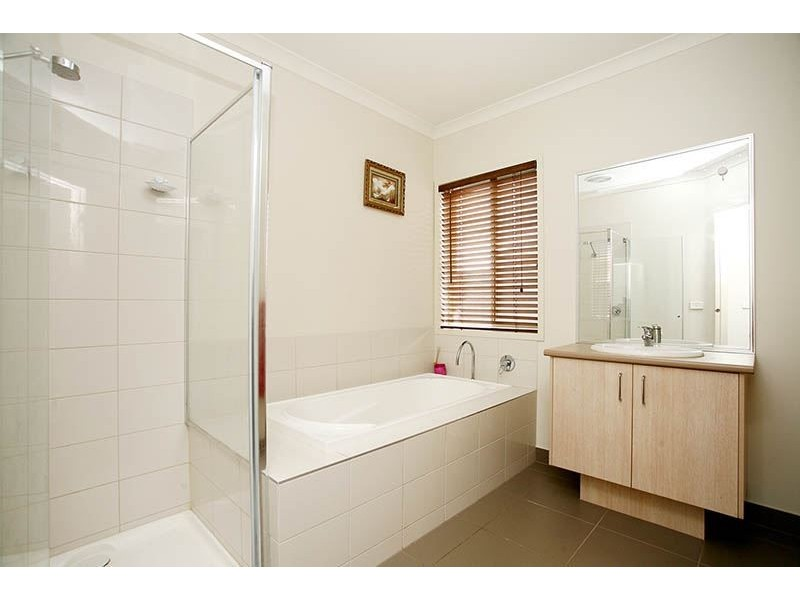 9 Unmack Road, Epping VIC 3076