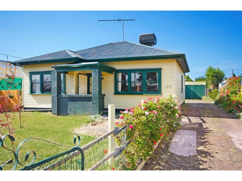 123 Sparks Road, Norlane VIC 3214