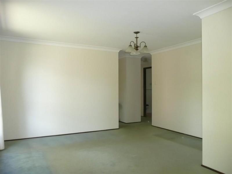 18 Clennam Avenue, Ambarvale NSW 2560