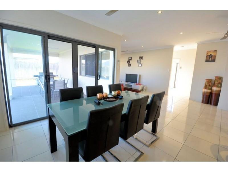 20 Currawinya Court, Bushland Beach QLD 4818