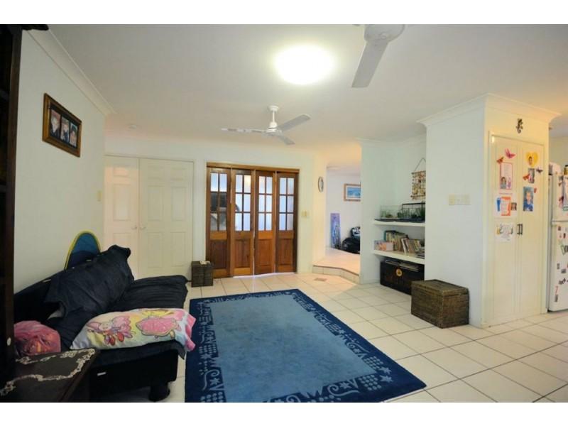 43 Marina Drive, Bushland Beach QLD 4818