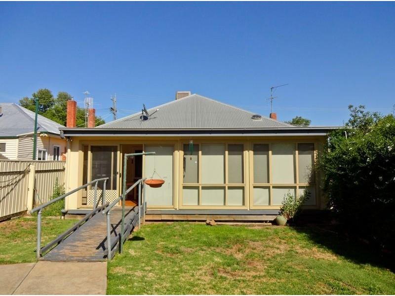 74 Dixon Street, Wangaratta VIC 3677