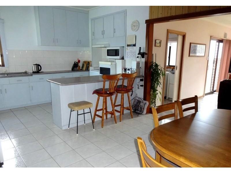 9 Bronmar Street, Wangaratta VIC 3677