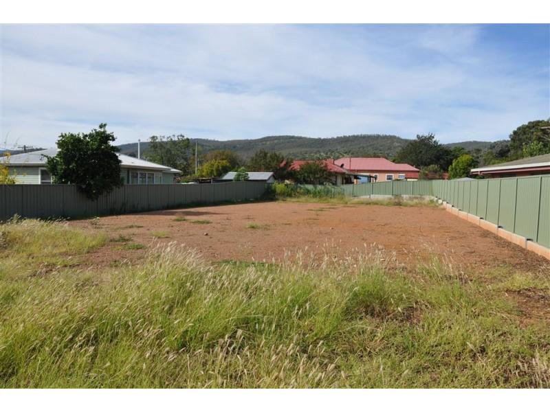 4 Main St, Scone NSW 2337
