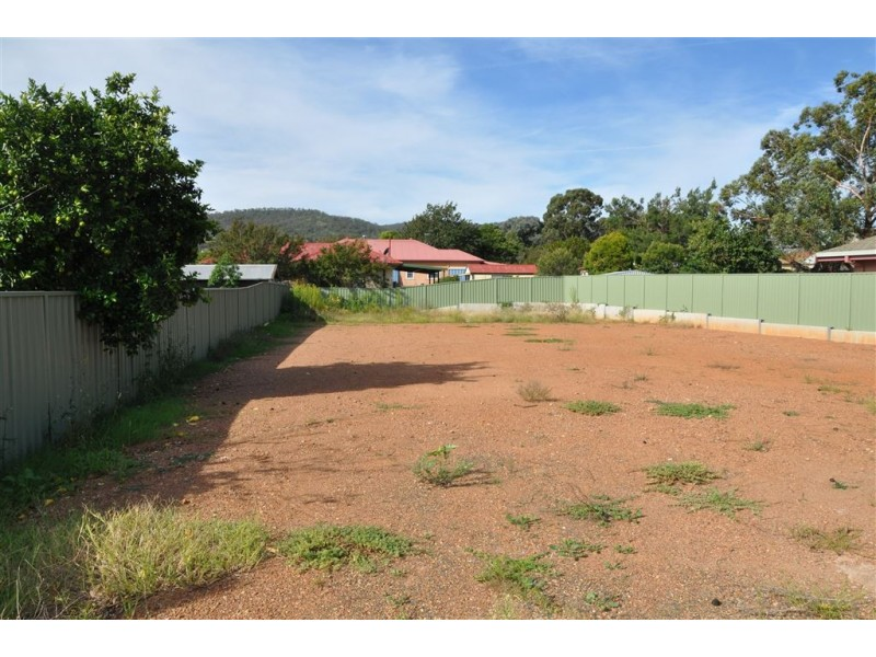4 Main St, Scone NSW 2337