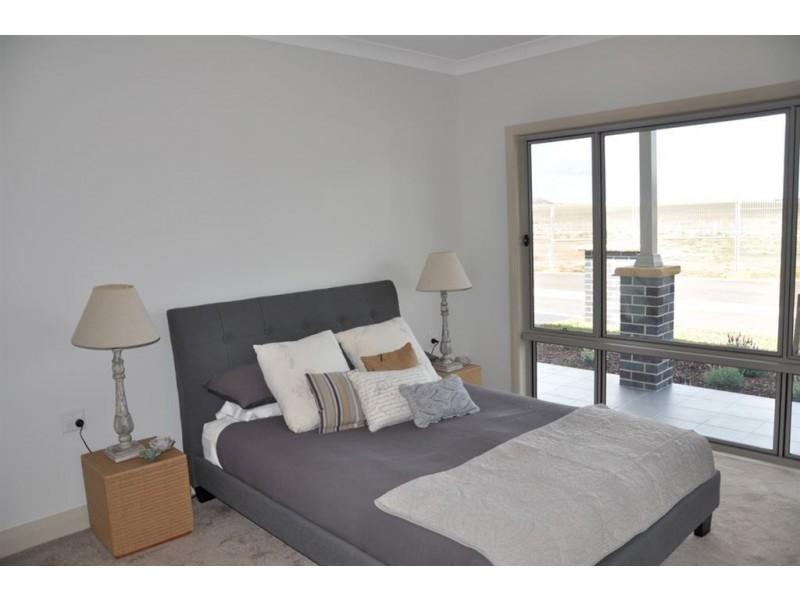"75 Gundy Rd ""Strathearn Villas"", Scone NSW 2337"