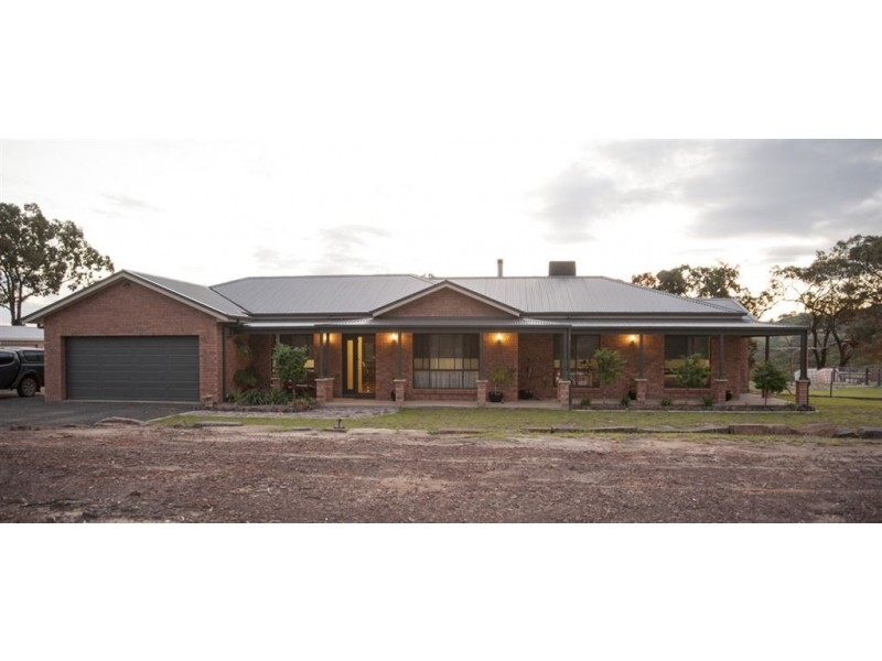 27 Ollerton Rd, Scone NSW 2337