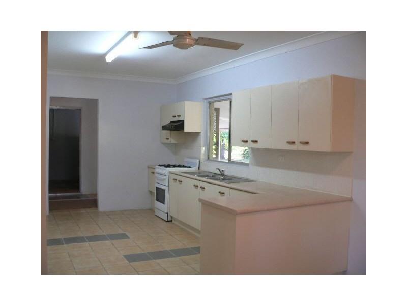 750 London Road, Chandler QLD 4155