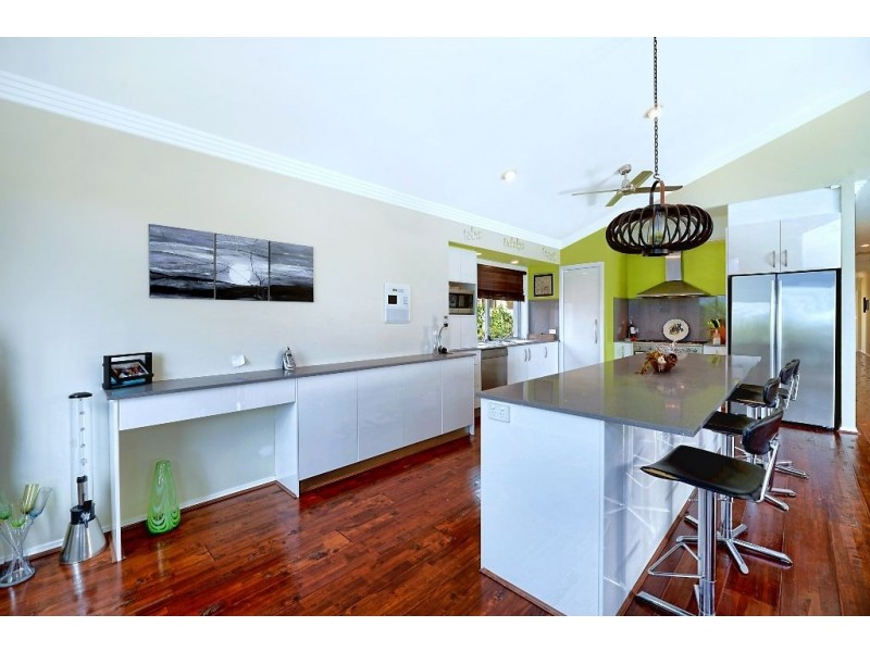 4 SANTABELLE CRESCENT, Clear Island Waters QLD 4226