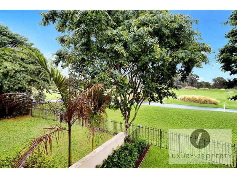 3212 Palladian Drive, Hope Island QLD 4212