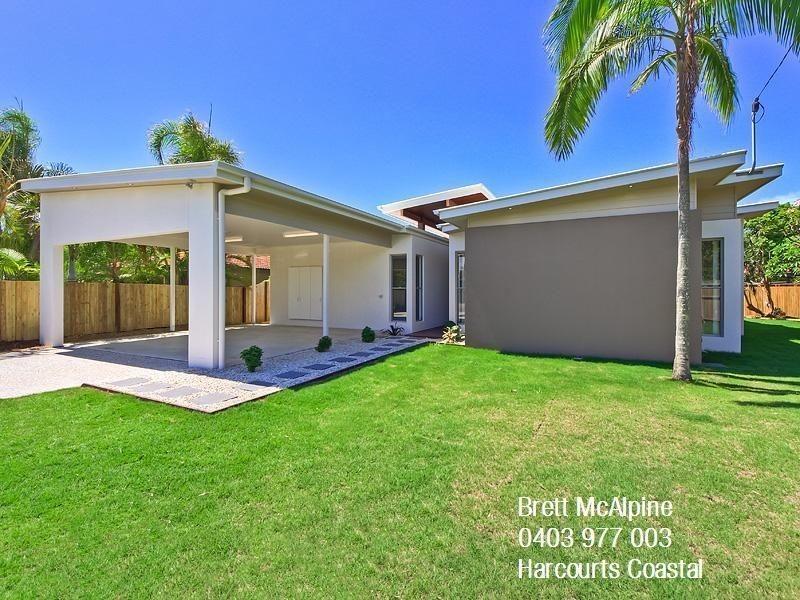 26 Boongala Rd, Broadbeach Waters QLD 4218