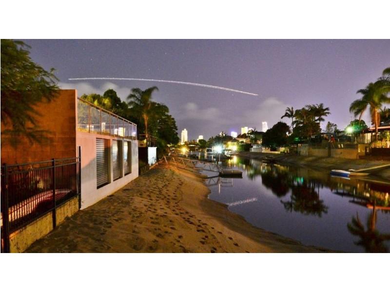 2 Monte Vista Court, Broadbeach Waters QLD 4218