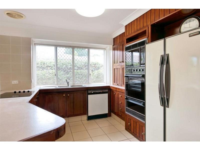 66 River Crescent, Broadbeach Waters QLD 4218