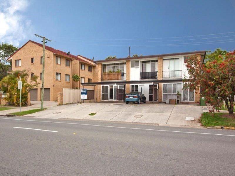 1/2 Sunshine Boulevard, Broadbeach Waters QLD 4218