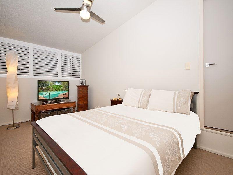 10/22 Rudd Street, Broadbeach Waters QLD 4218