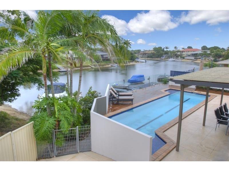 23 Lakeside Ave, Broadbeach Waters QLD 4218
