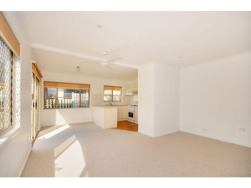 42 Allinga Street, Coombabah QLD 4216