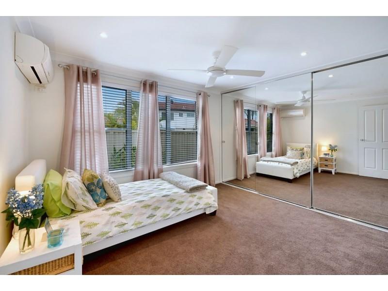 21 Sophie Avenue, Broadbeach Waters QLD 4218