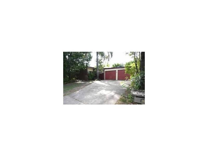 23 Tumbarumba Avenue, Ashmore QLD 4214