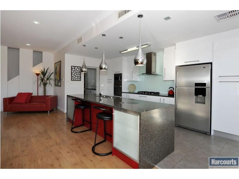 13 Kinsale Crescent, Marino SA 5049