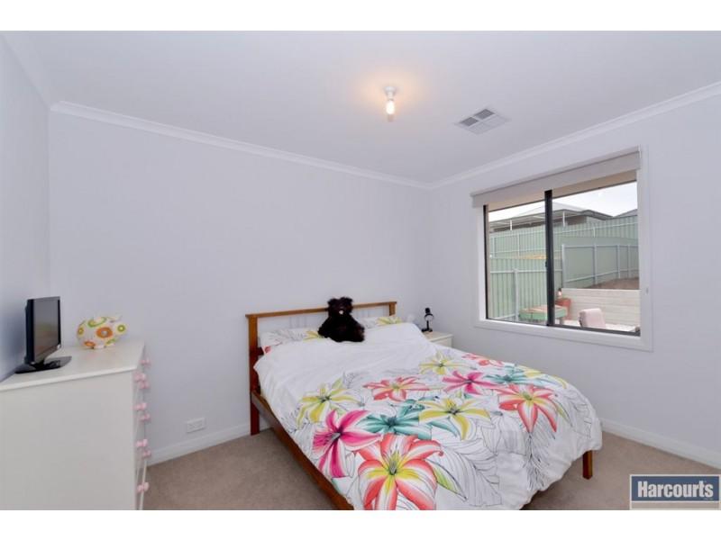 17 Tasman Court, Hallett Cove SA 5158