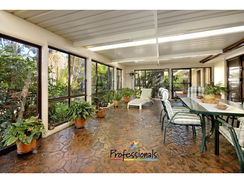 3 Robinia Place, Alfords Point NSW 2234