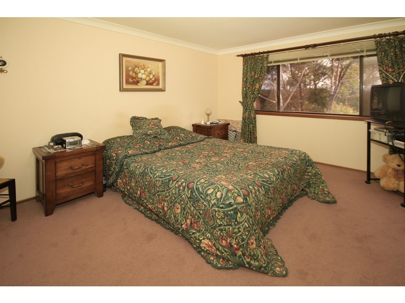 11 Scribbly Gum Place, Alfords Point NSW 2234
