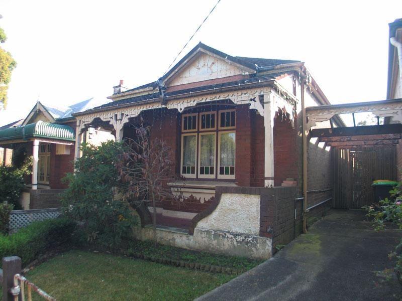 11 Second, Ashbury NSW 2193