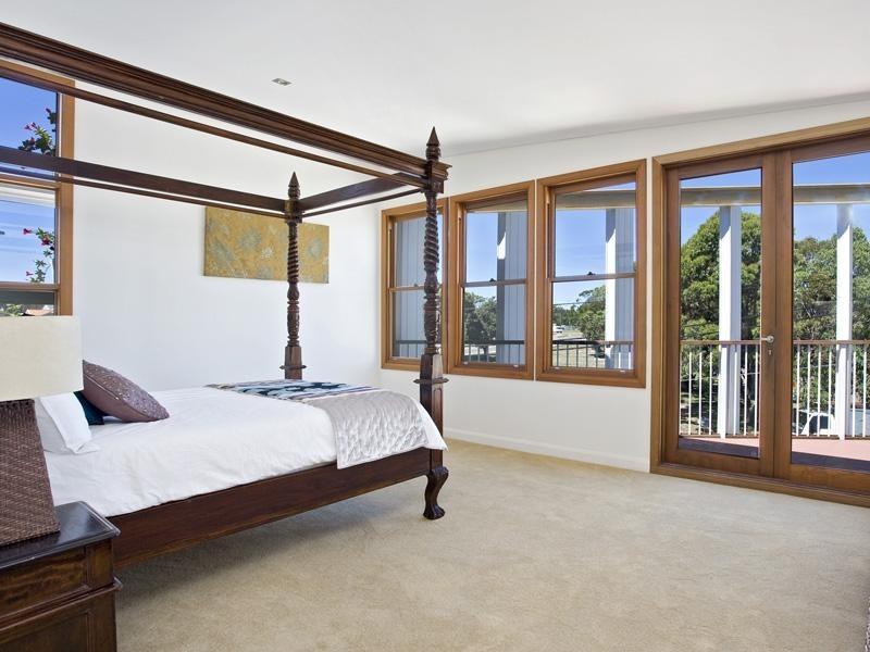 1 Bligh Street, Chifley NSW 2036