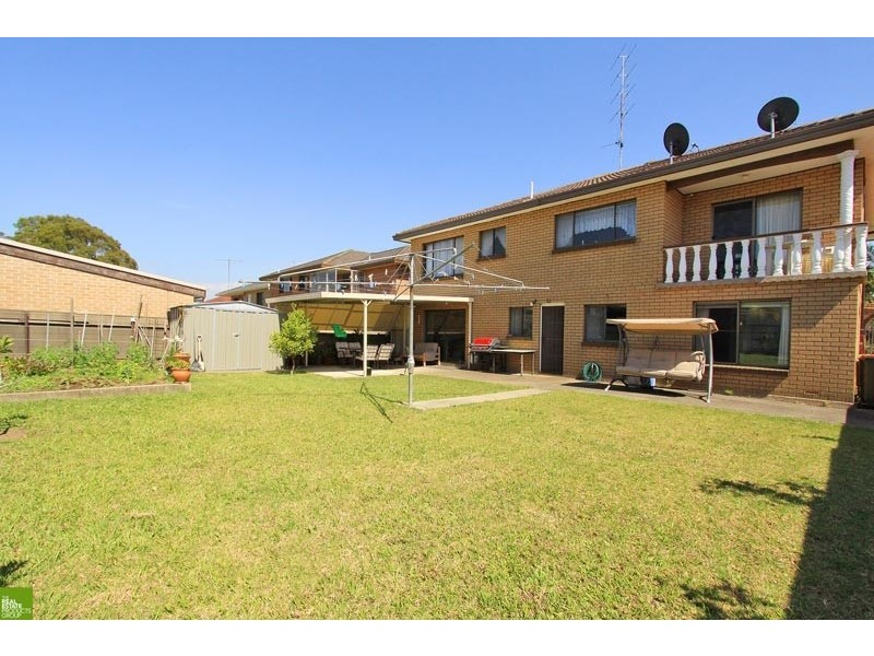 105 Lake Entrance Road, Barrack Heights NSW 2528