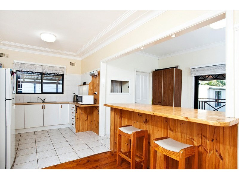 145 Shellharbour Road, Barrack Heights NSW 2528