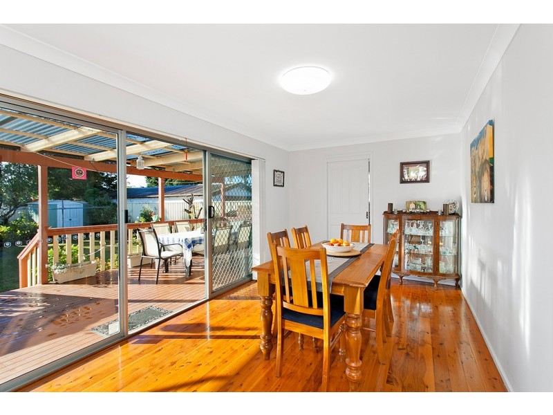 33 Laurel Street, Albion Park Rail NSW 2527