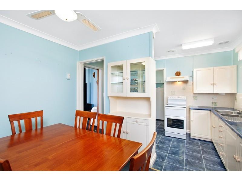 4 Provan Street, Barrack Heights NSW 2528