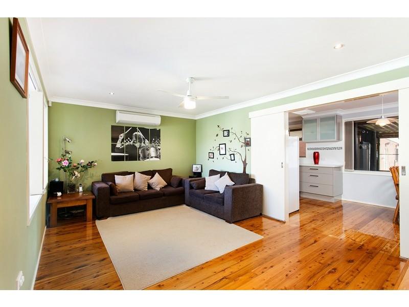 58 Ash Avenue, Albion Park Rail NSW 2527