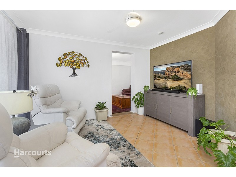 5 Sandpiper Close, Albion Park Rail NSW 2527