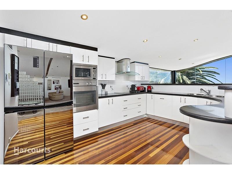 51 Scenic Crescent, Albion Park NSW 2527