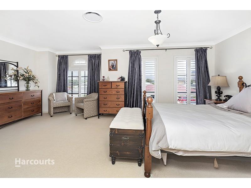 13 Grey Street, Albion Park NSW 2527
