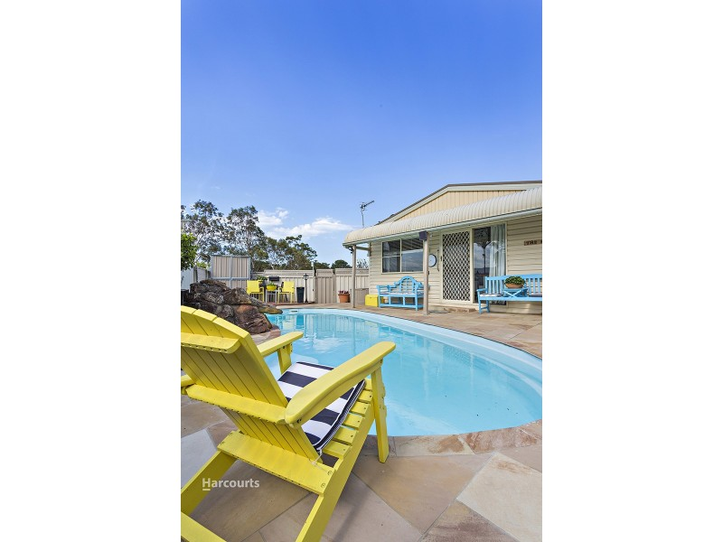 7 Church Street, Albion Park NSW 2527
