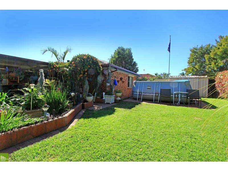 3 Osprey Place, Albion Park Rail NSW 2527