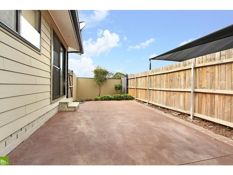 1/8 Carrington Street, Barrack Heights NSW 2528
