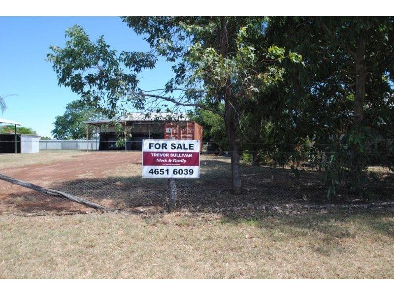 123 Fir Street, Barcaldine QLD 4725