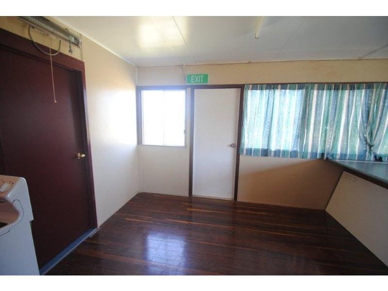 148 Fir Street, Barcaldine QLD 4725