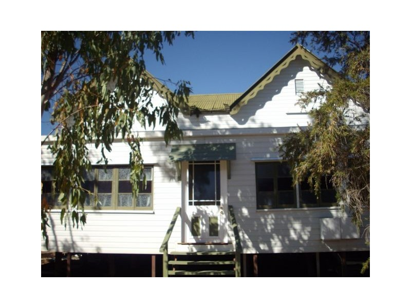 35 Elm, Barcaldine QLD 4725