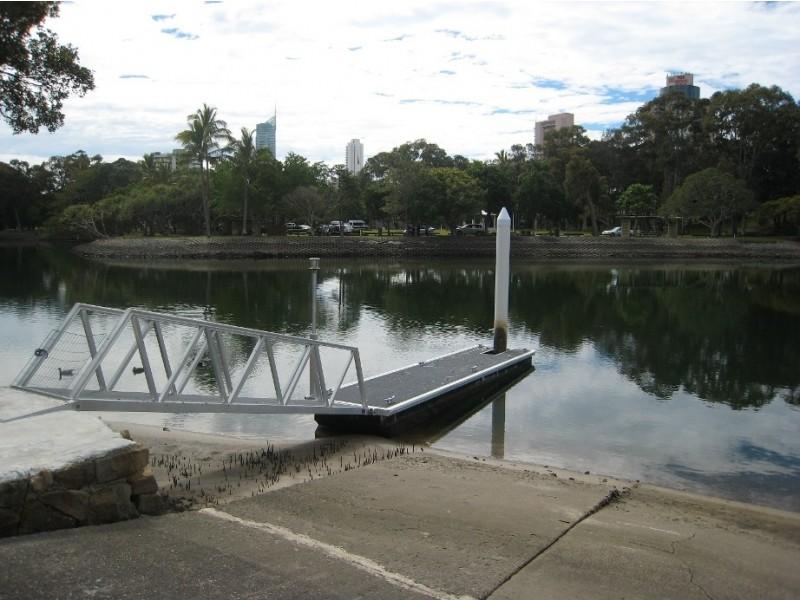 76 Savoy Drive, Broadbeach Waters QLD 4218