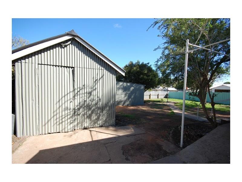 4 Crescent St, NARRANDERA NSW 2700, Narrandera NSW 2700