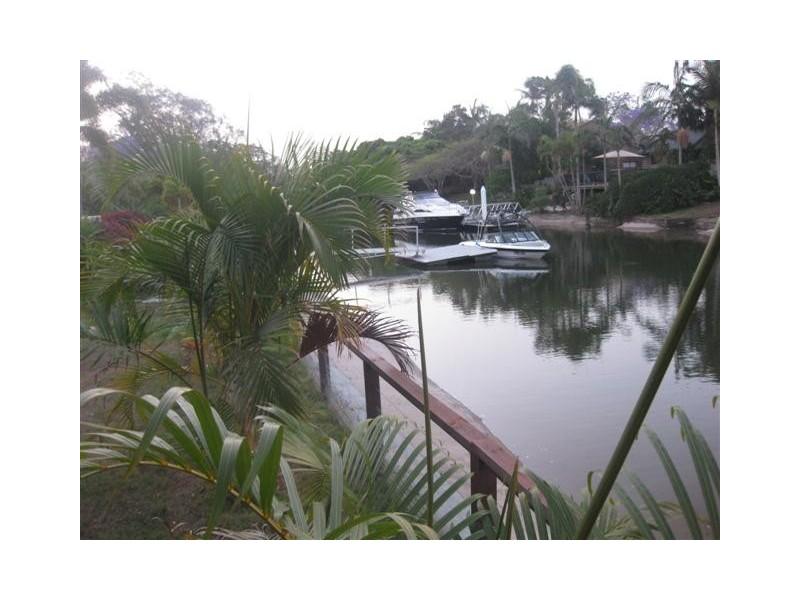 51 Poinciana, Broadbeach Waters QLD 4218