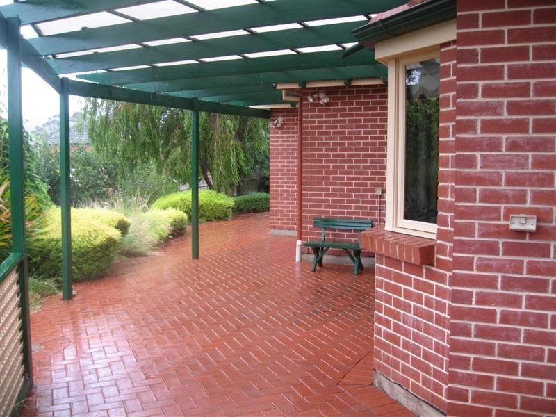 2 Tamarind Walk, Aberfoyle Park SA 5159