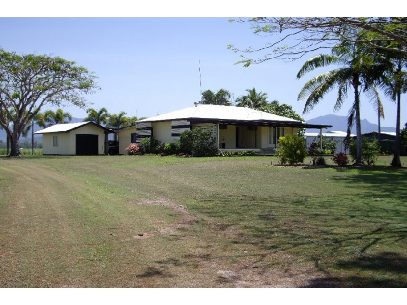3394 Abergowrie Road, Abergowrie QLD 4850