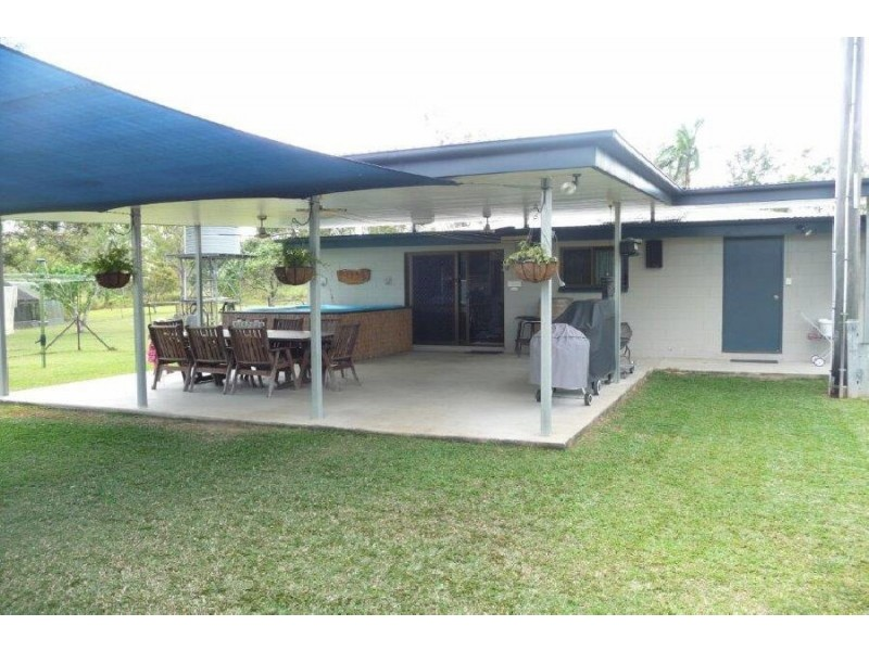 111 Copley's Road, Abergowrie QLD 4850